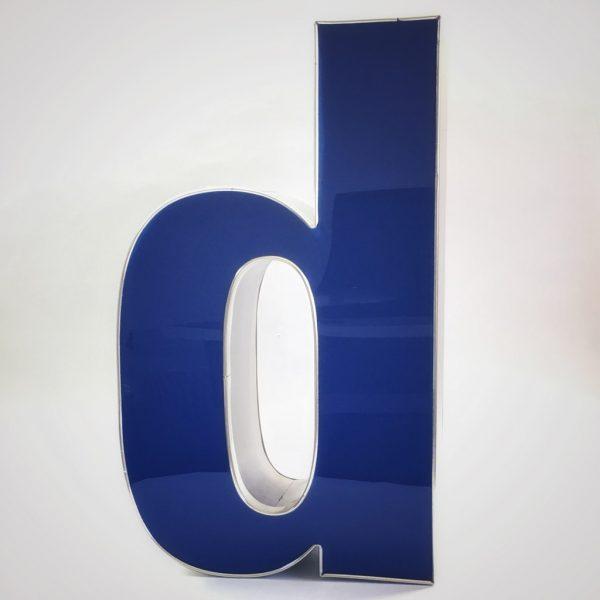 Leuchtbuchstaben D